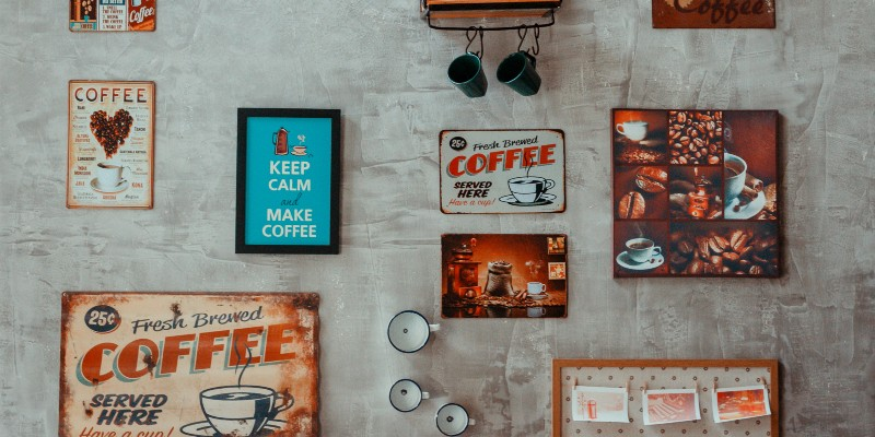 How to design a custom t-shirt for your cafe, bar or restaurant